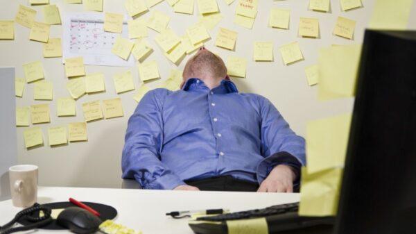 Mitteproduktiivne käitumine tööl